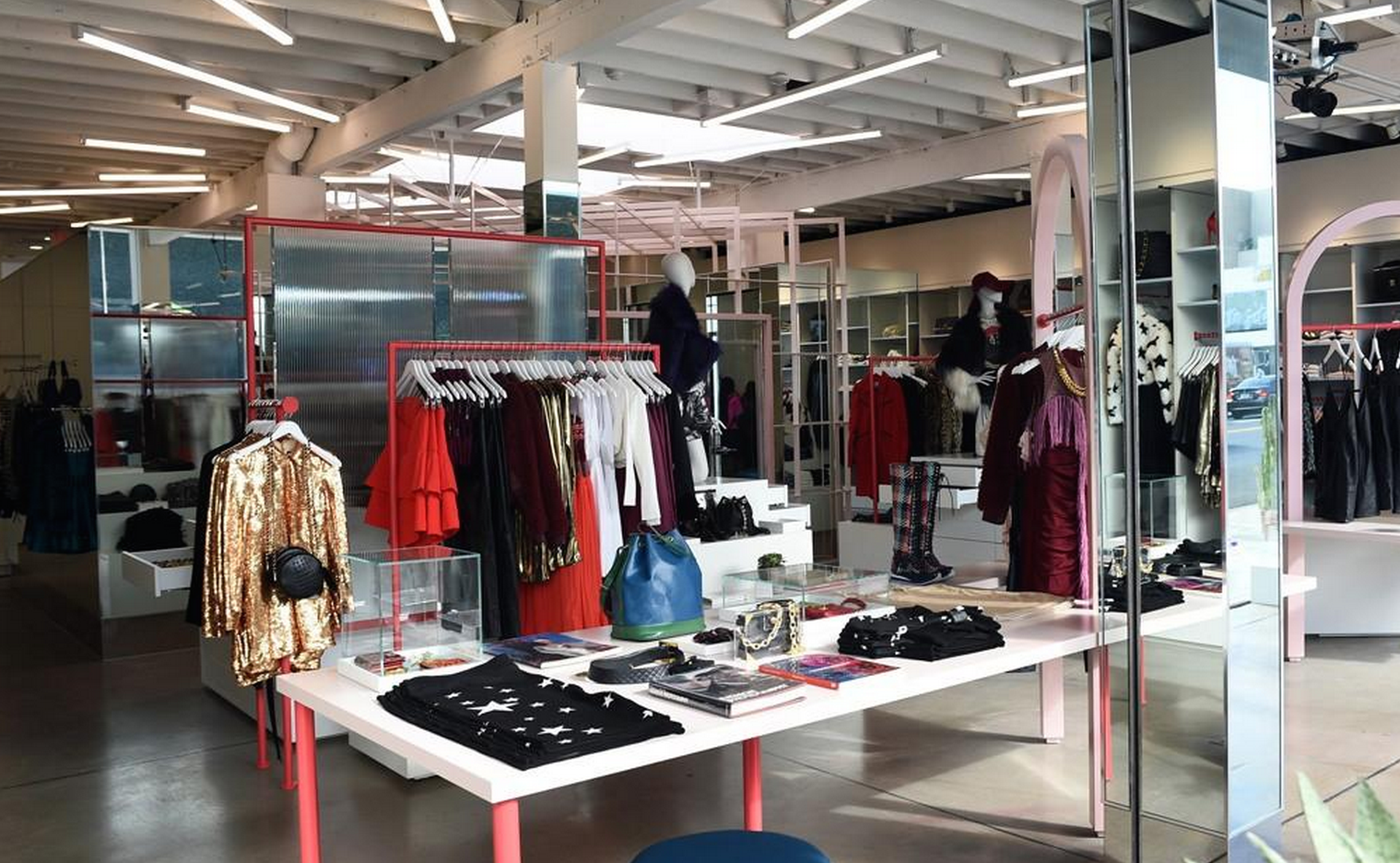 Nasty Gal is a mid-priced women's clothing store — primarily featuring trendy casual wear for young adults. ShopSleuth found women's clothing stores similar to Nasty Gal, out of our database of 45, total stores.