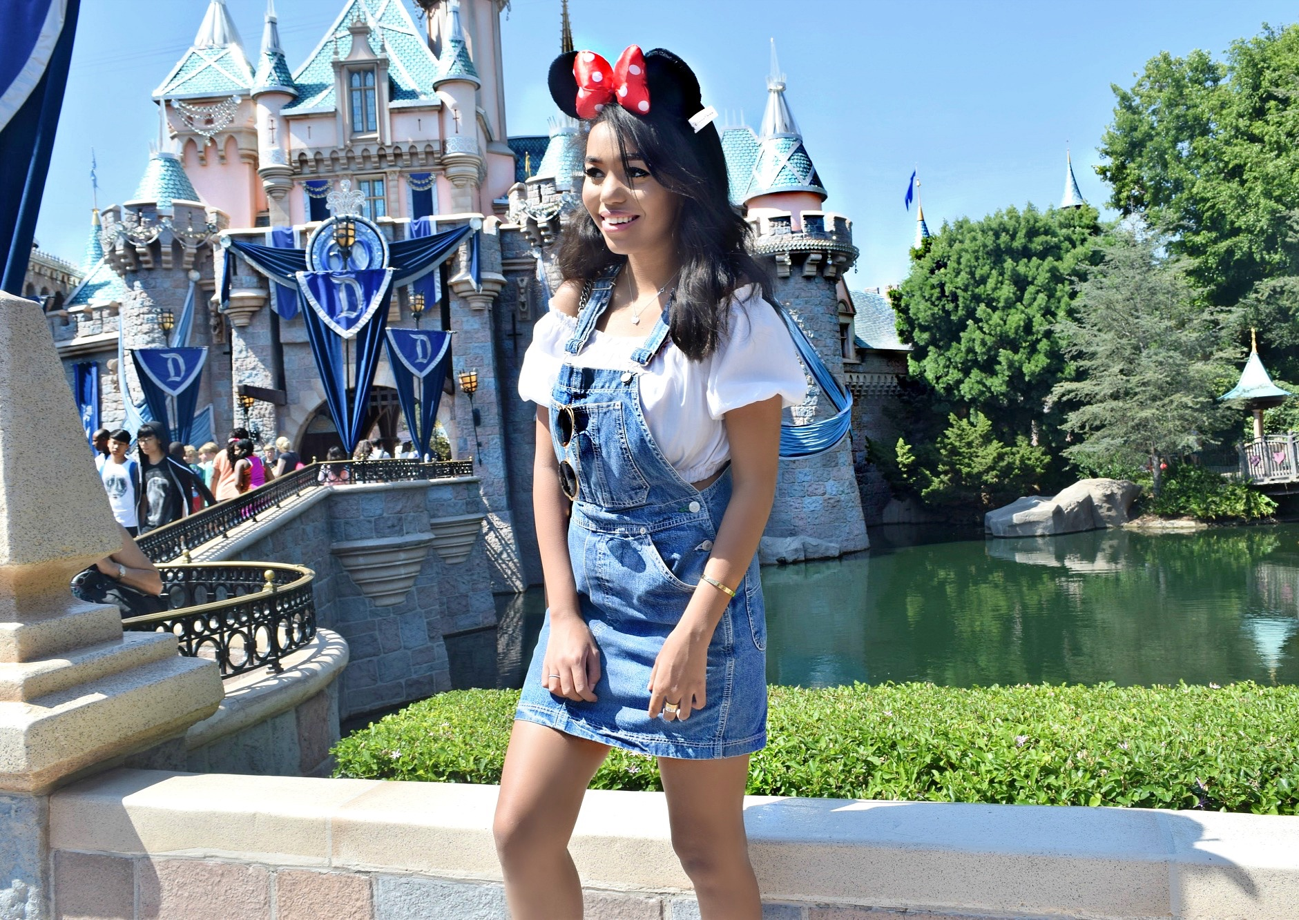 Disneyland, Vintage Tommy Hilfiger & Gucci Bag: To Style, With Love