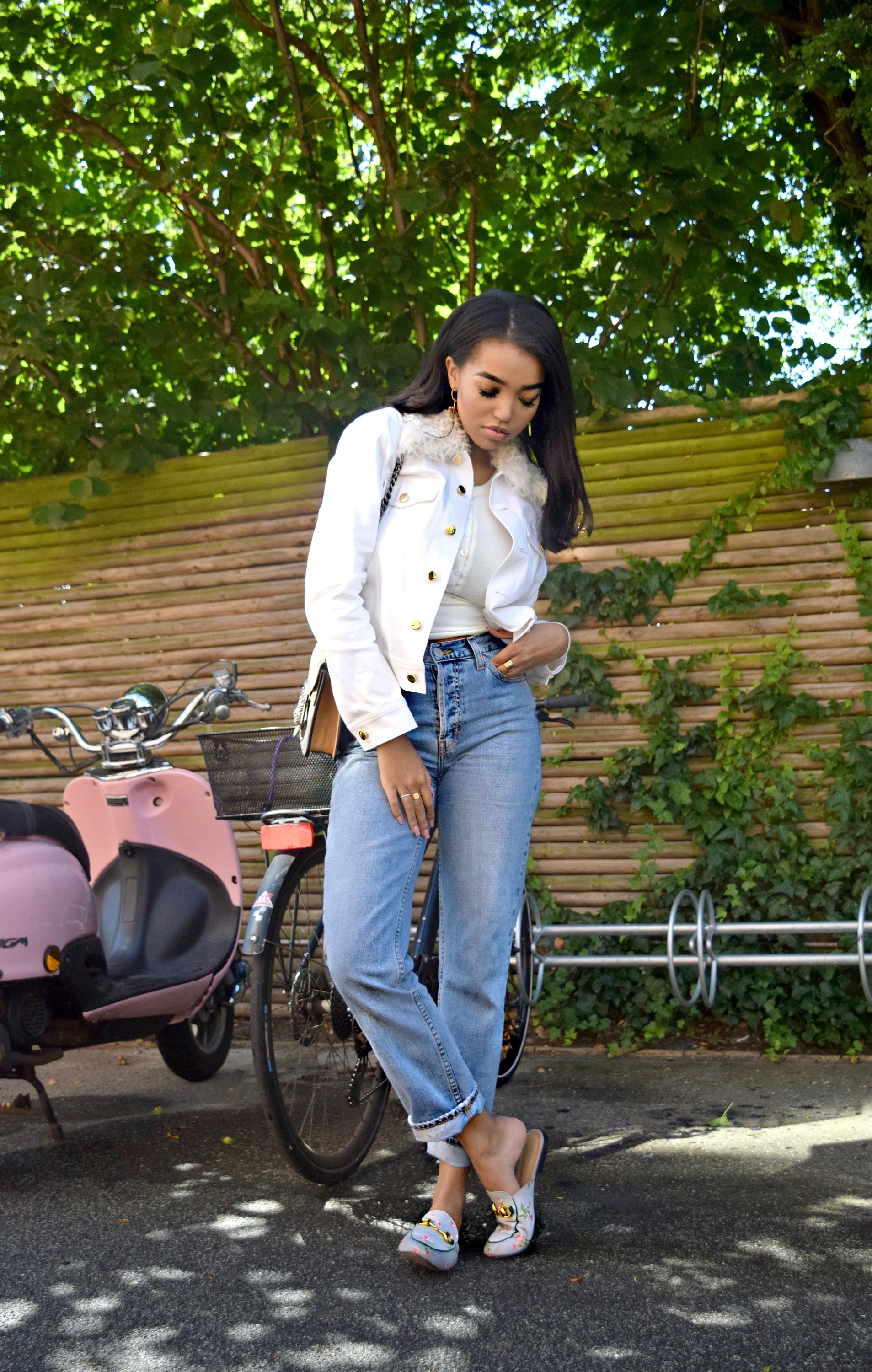 A Day In Charlottenlund // Copenhagen Denmark Travel Diary // Are You Am I Top // Mom Jeans // Gucci Slippers & Dionysus Bag // Derek Lam 10 Crosby Jacket // Los Angeles Fashion Blogger Daphne Blunt: To Style, With Love