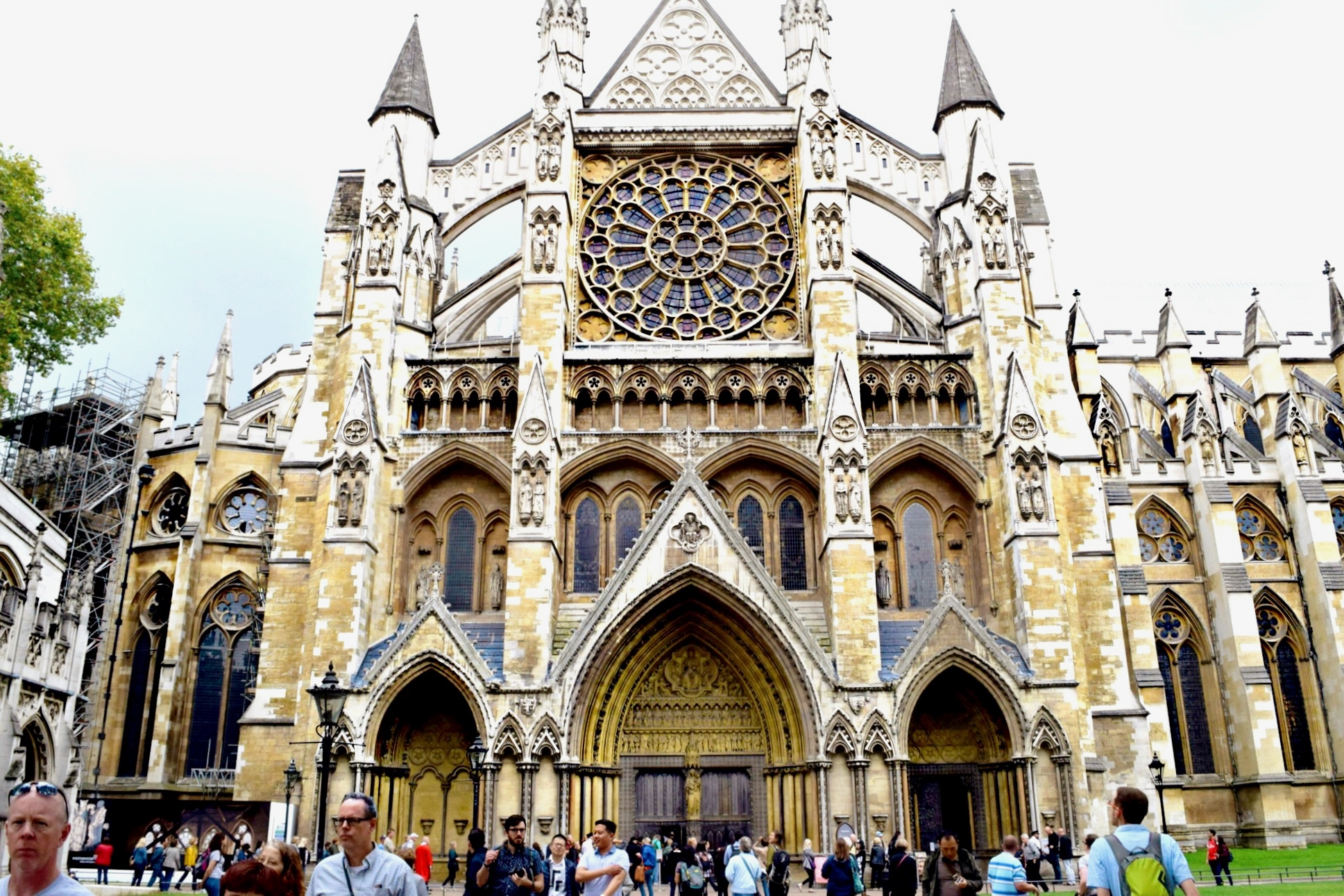 London, England Snapshots // Westminster Abbey // London Travel Diary // Los Angeles Fashion Blogger Daphne Blunt: To Style, With Love