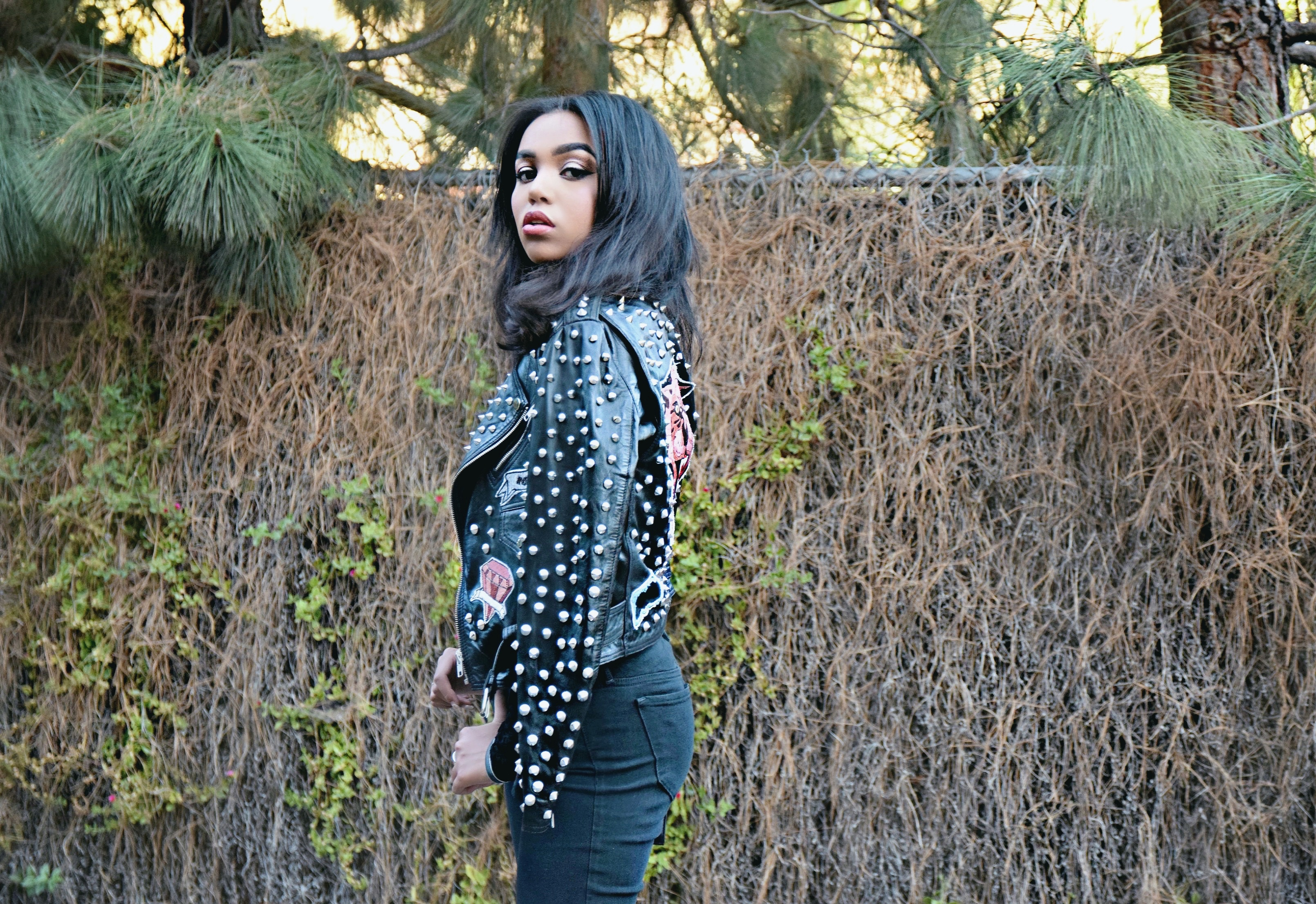Zappos.com The Perfect Fall Pairing // Steve Madden x Joe's Jeans // Blue Velvet Steve Madden Ankle Booties // Cropped Black Ripped Knee Joe's Jeans // YSL Lipstick Bag // Suki + Solaine Top // Zara Studded Leather Jacket // Los Angeles Fashion Blogger Daphne Blunt: To Style, With Love