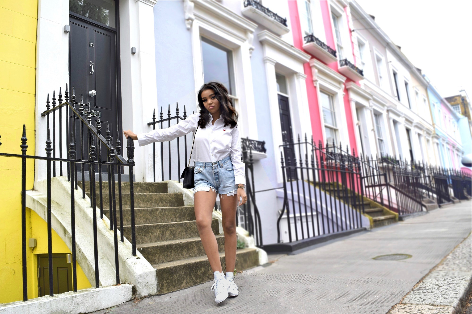 Notting Hill // Chelsea London, England // London Travel Diary // Re Done Denim Shorts // Comme De Garcons Play Button Up Blouse // Zara Leather Jacket // Chanel Classic Flap Bag // All White Chuck Taylor All Star Converse // Los Angeles Fashion Street Style Blogger Daphne Blunt: To Style, With Love