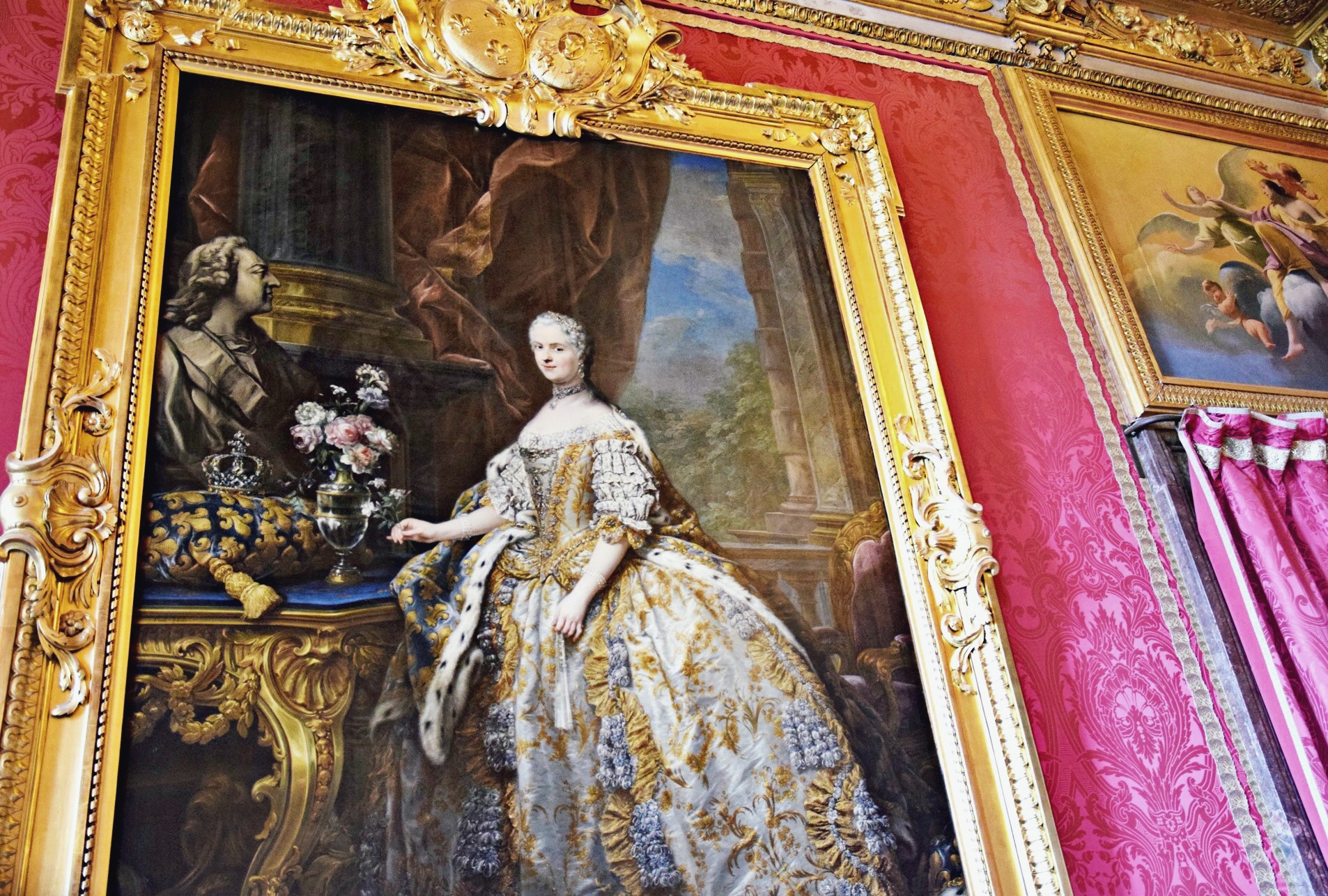 Marie Antoinette Portrait // Welcome To Versailles // Paris France Travel Diary // Pink Chanel Tweed Jacket // Chanel Pink and Beige Pleated Dress // Gold Gucci Loafers // Chanel Black Classic Flap Bag // Pearl Round Chanel Sunglasses // Los Angeles Fashion Blogger Daphne Blunt: To Style, With Love