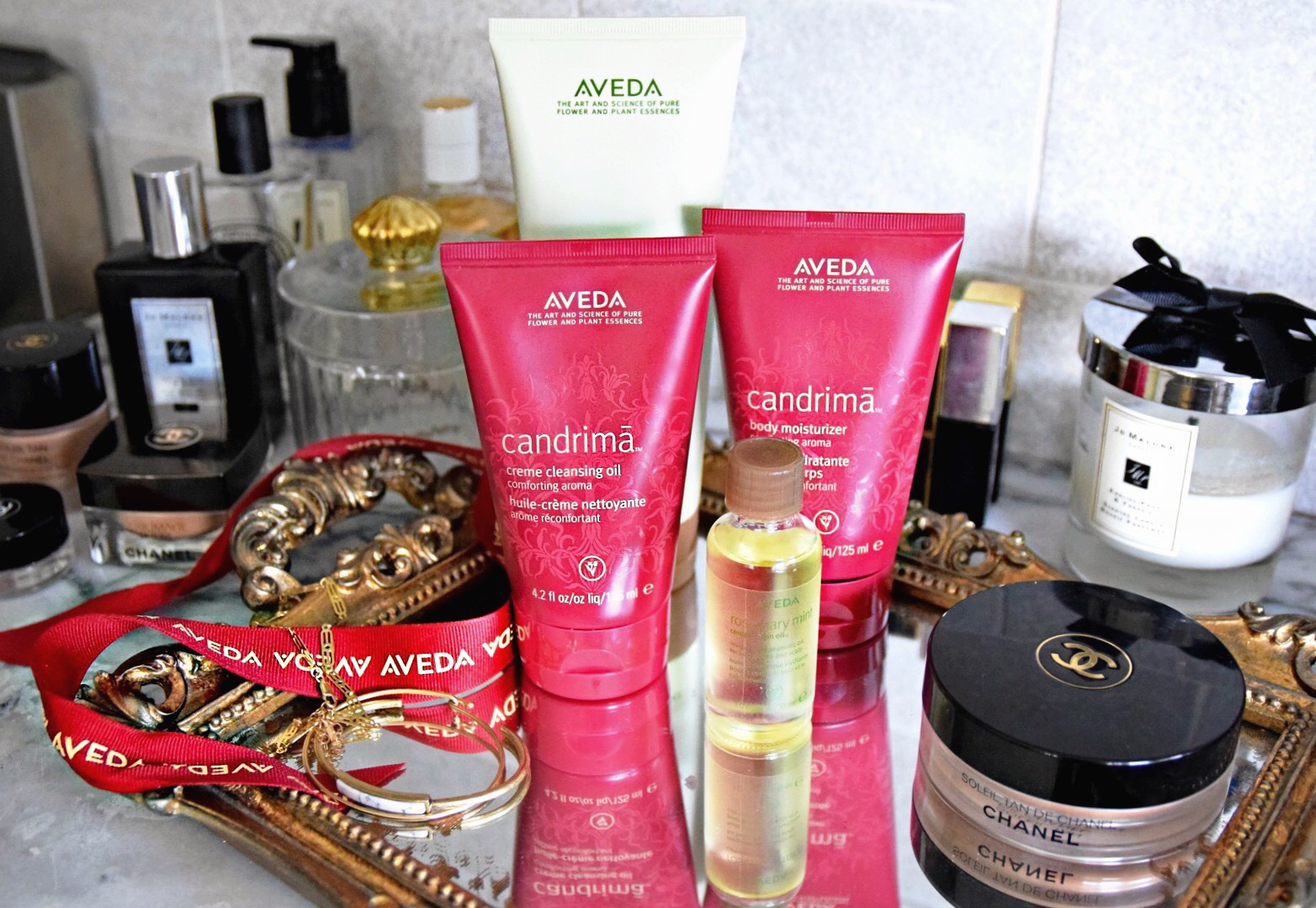 All I Want Is Aveda // Aveda Candrima & Rosemary Bath and Body Products // Aveda Fall Colors // Aveda Beauty, Makeup and Cosmetics // Beauty Blogger Daphne Blunt: To Style, With Love