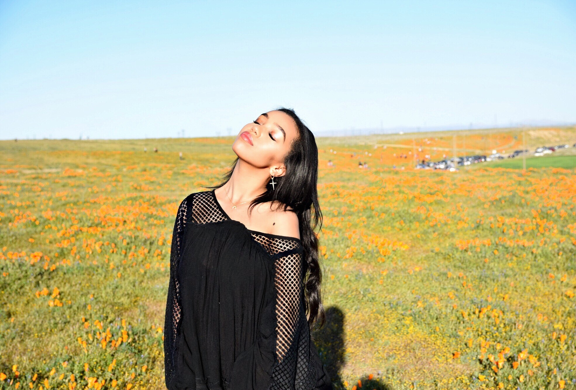 Free People Spring/Summer Campaign // The Antelope Valley Poppy Fields in Southern California // Free People Don't You Want Me Tunic // Free People Sonnet Clogs // Free People Studded Suede Party Pouch // Spring Style OOTD // Los Angeles Fashion Blogger Daphne Blunt: To Style, With Love