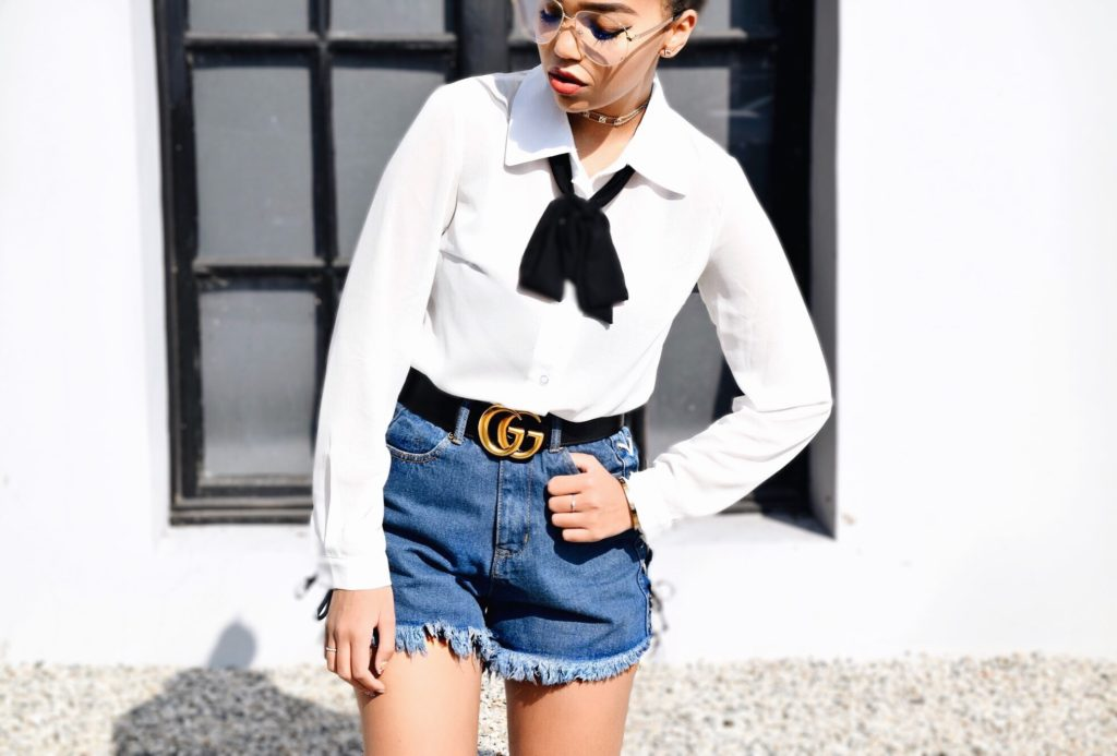 It's Clear, They're Readers // Boohoo.com Bow Tie Bodysuit Black & White // Boohoo.com Lace Up Denim Jean Shorts // Gucci GG Marmont Belt // Gucci Classic Horse Bit Loafers Patent Leather // Gucci Clear Aviator Readers // Chanel Black Flap Vintage Bag // Los Angeles Fashion Blogger Daphne Blunt // Spring Style Ideas & Trends // Clear Frame Aviator Readers Trend: To Style, With Love