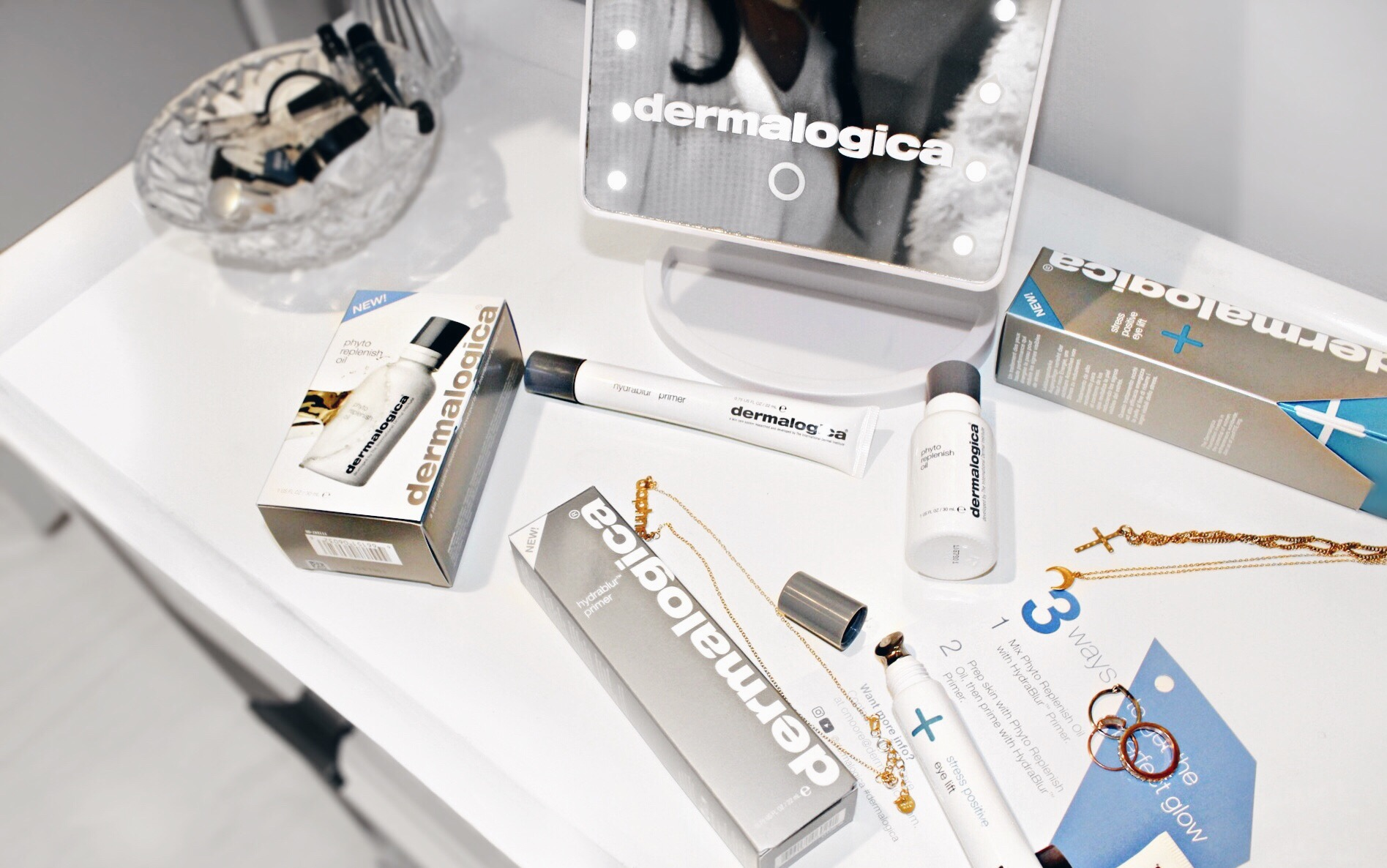 On My Vanity: Excess Dermalogica // Dermalogica Phyto Replenish Oil // Dermalogica Stress Positive Eye Lift // Dermalogica Hydrablur Primer // New Beauty Essentials Makeup and Skincare // Los Angeles Fashion Blogger Daphne Blunt: To Style, With Love
