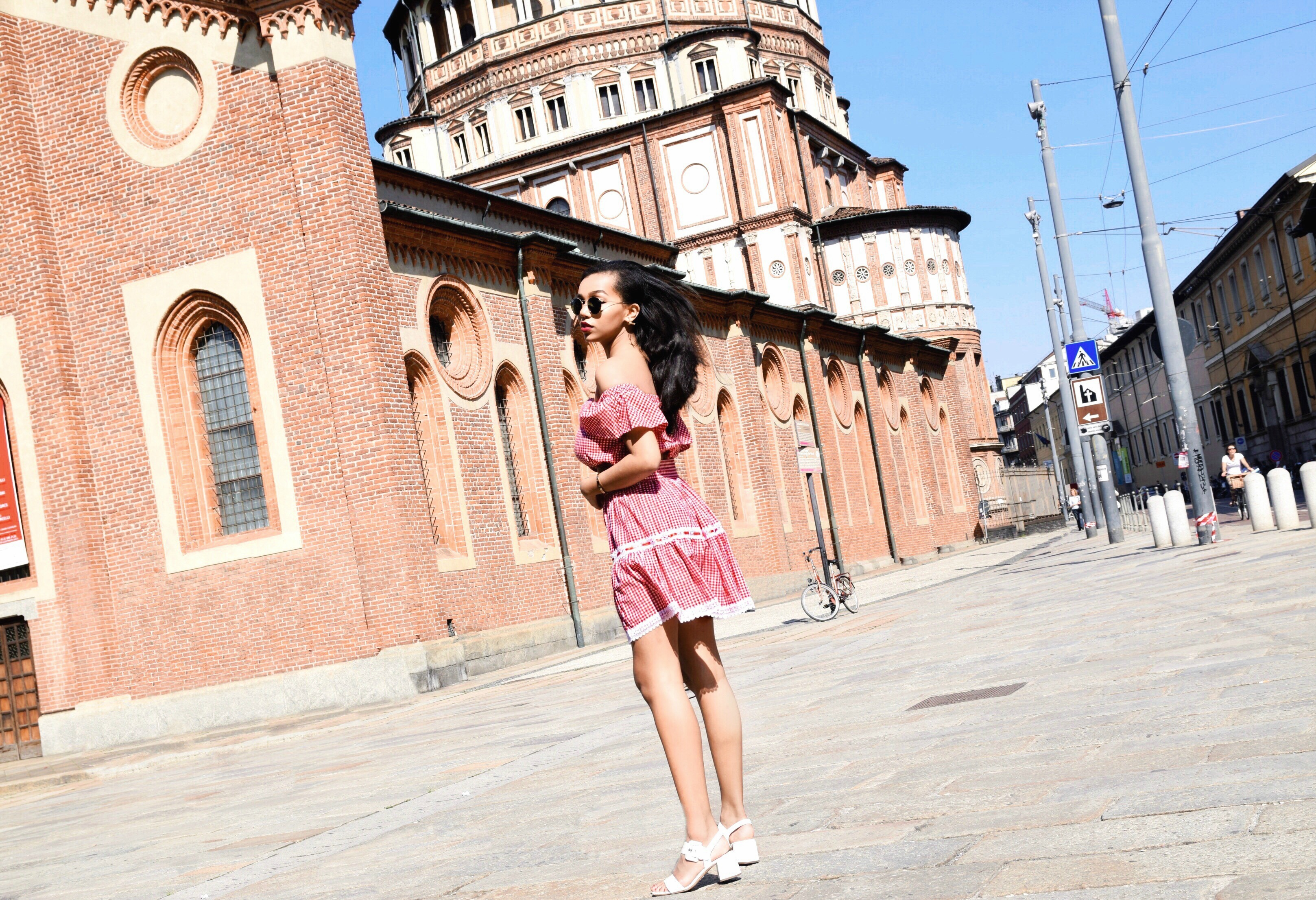 Ciao Milano // Milan, Italy Travel Diary // Los Angeles Fashion Blogger Daphne Blunt // L'ecole Des Femme Red Gingham Skirt Set // White Prada Sandals // Red Prada Crossbody Bag // Round Ray Ban Sunnies // Exploring Milan // Spring & Summer Style: To Style, With Love